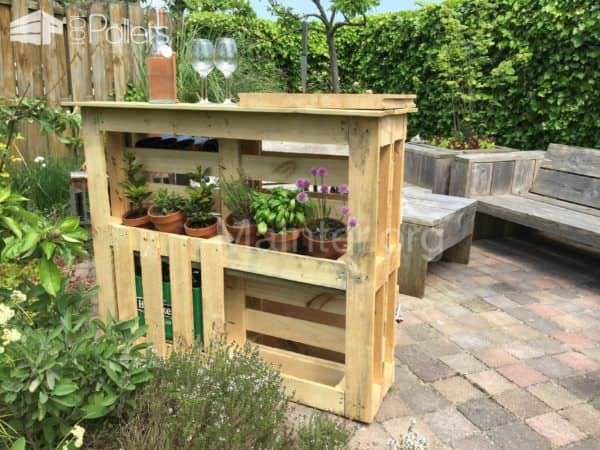 Bbq Side Table Made From 2 Old Pallets & Old Boards Pallet Desks & Pallet TablesPallet Terraces & Pallet Patios