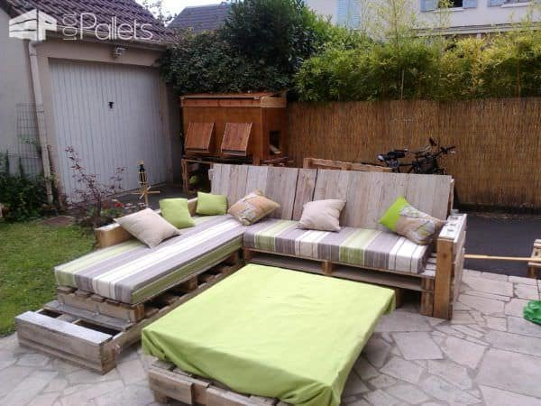 Complete Pallet Sofa Made Out Of 9 Recycled Pallets Pallet Sofas
