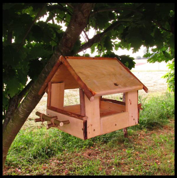 Pallet Bird Feeder / Mangeoire Pour Les Oiseaux Sauvages Animal Pallet Houses & Pallet Supplies