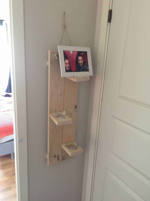 Photo & Candle Holder - 100% Reclaimed Pallet Wood Pallet Candle Holders Pallet Shelves & Pallet Coat Hangers