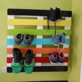 Shoe Rack From One Recycled Pallet