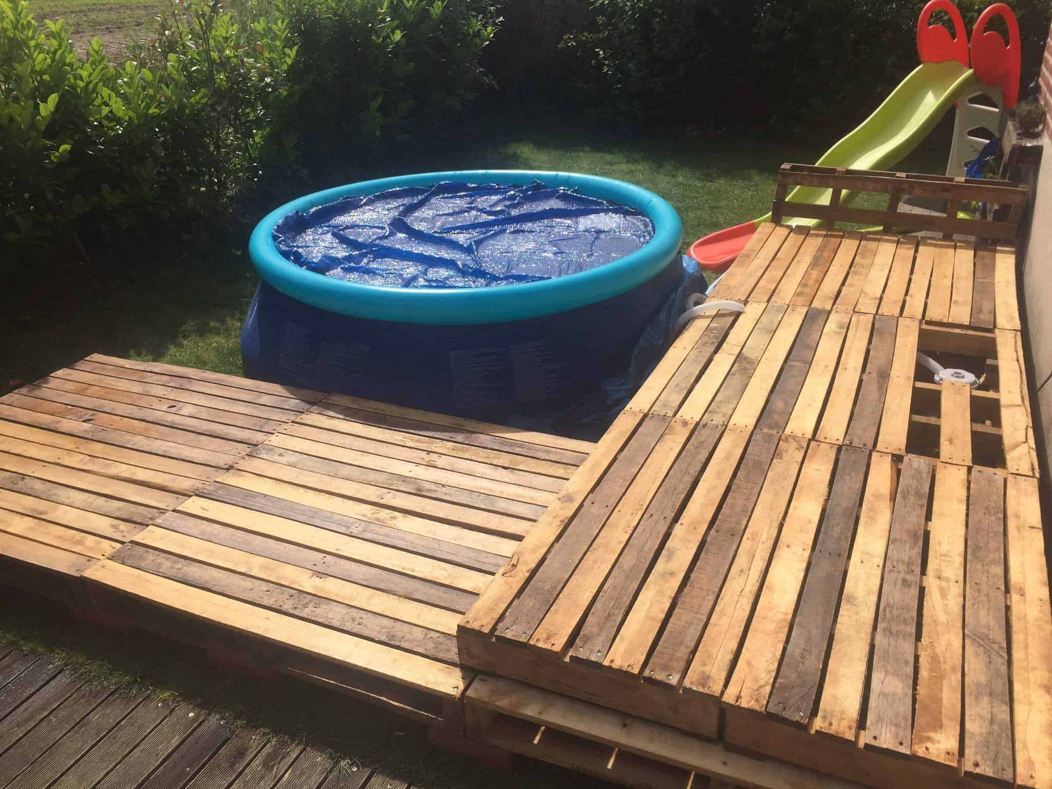 pallet ceiling ideas - Swimming Pool Pallet Deck • Pallet Ideas • 1001 Pallets