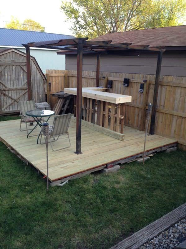 Garden Pallet Bar & Deck DIY Pallet Bars