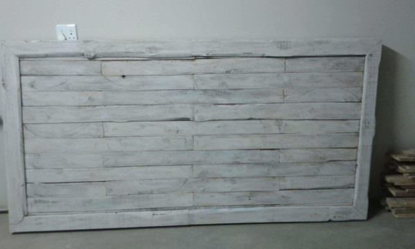 Pallet Headboard DIY Pallet Bed Headboard & Frame