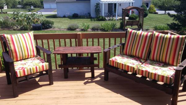 Terrace Deck Furniture Pallet Benches, Pallet Chairs & Stools