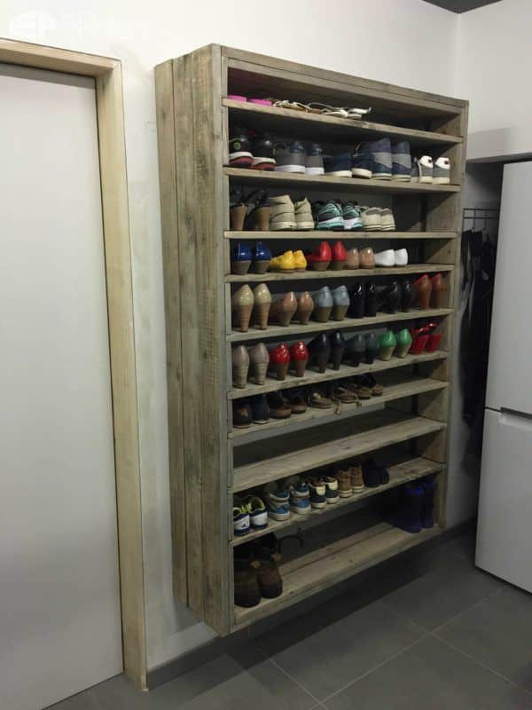 Giant Shoe Rack Made Out Of Discarded Pallets Pallet Shelves & Pallet Coat Hangers