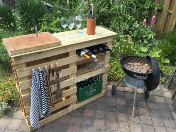 Get Grillin' With These 10 Pallet Barbecue Projects! Pallet Bars