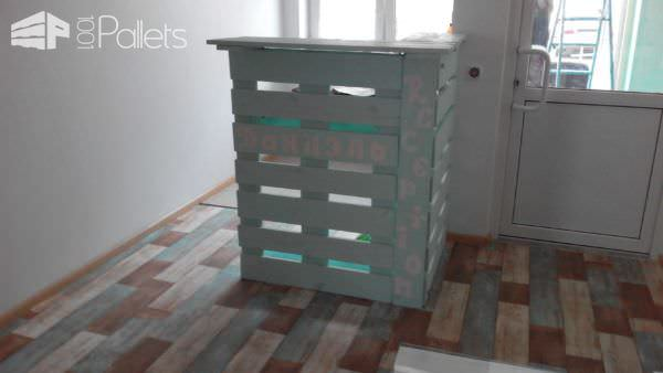 Beauty Shop Pallet Furniture Pallet Store, Bar & Restaurant Decorations