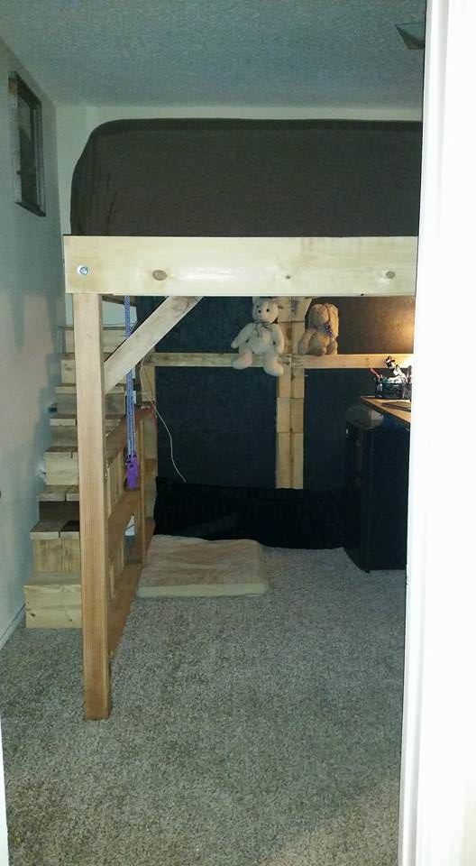 King Loft Pallet Bed With Stairs DIY Pallet Bed Headboard & Frame