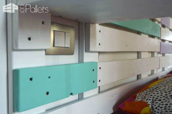 Pallet Bed & Headboard With Scaffold & Pallet Boards DIY Pallet Bedroom - Pallet Bed Frames & Pallet Headboards