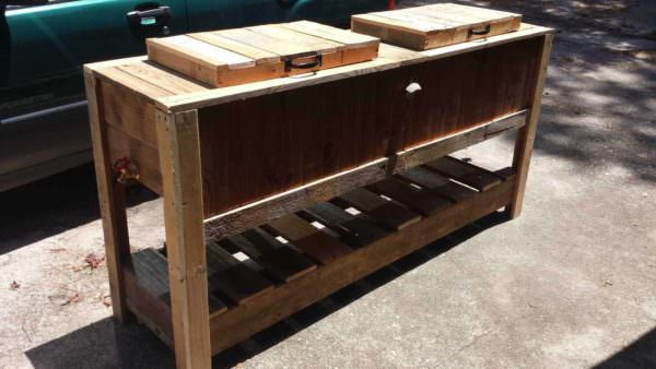 Pallet Cooler Stands Pallet Desks & Pallet Tables