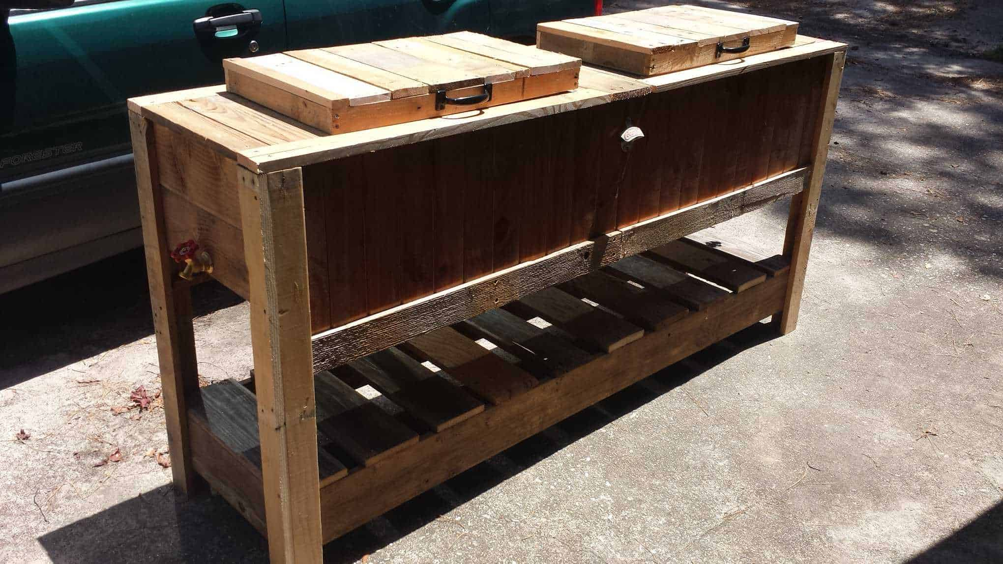 Pallet Cooler Stands • Pallet Ideas • 1001 Pallets
