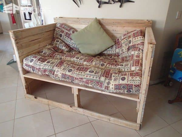 Pallet Day Bed DIY Pallet Bed Headboard & FramePallet Sofas & Couches