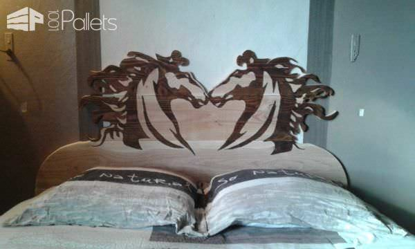 Tête De Lit Chevaleresque / Chivalrous Pallet Bed Headboard DIY Pallet Bedroom - Pallet Bed Frames & Pallet Headboards