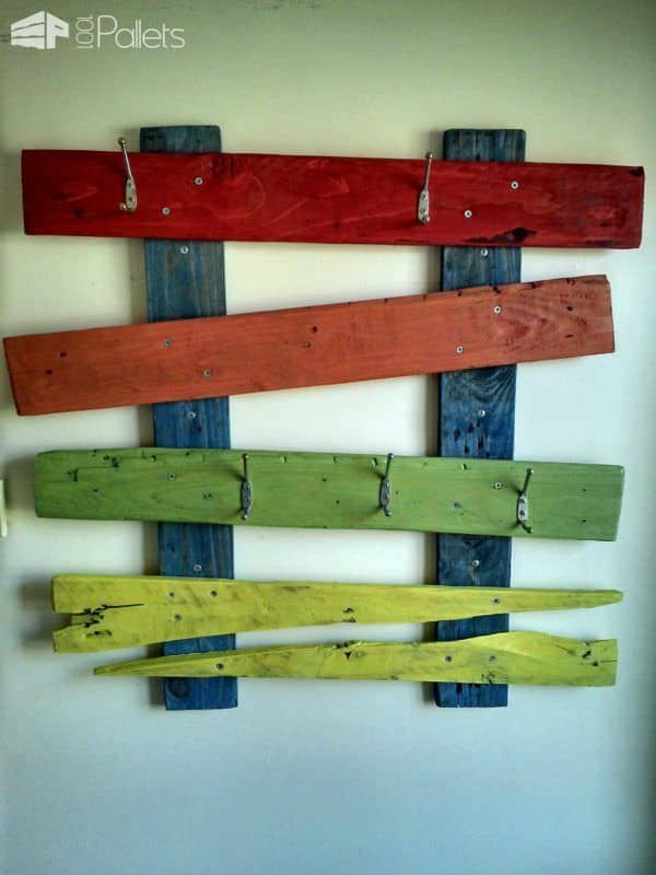 My Family Coat Hanger Made Out Of A Single Pallet Pallet Shelves & Pallet Coat Hangers