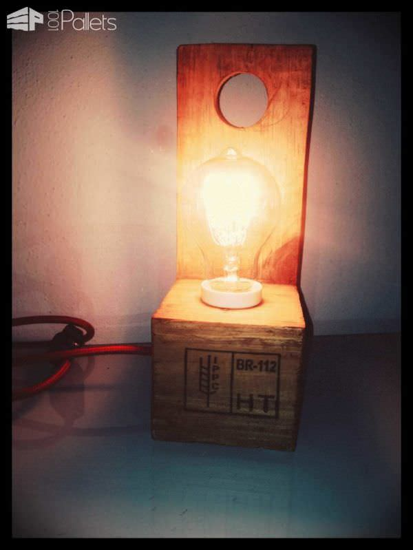 wood-pallet-light-06
