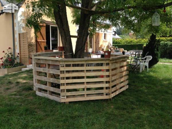 35 Awesome Wooden Pallet Bars16
