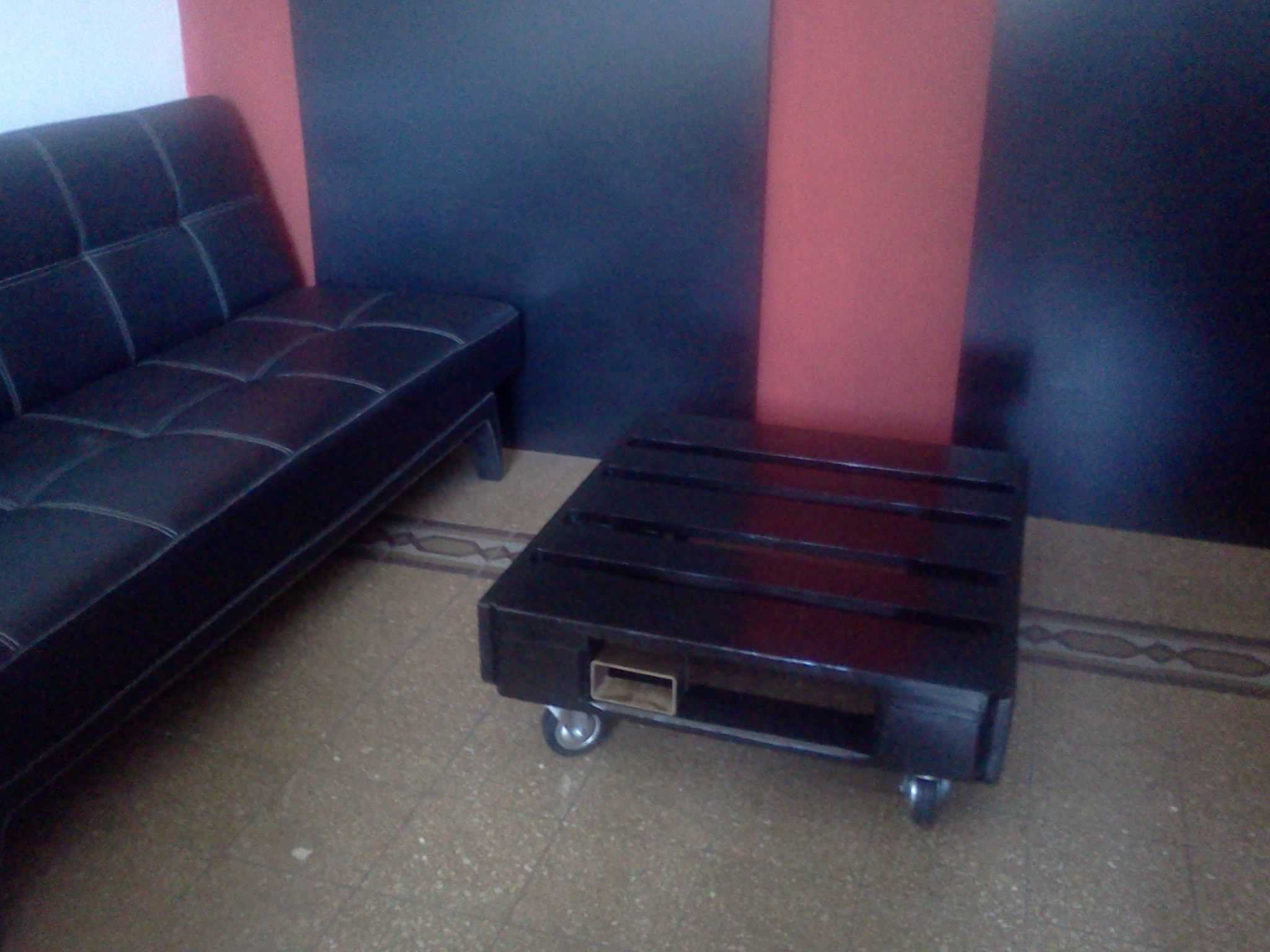 Black Pallet Coffee Table 1001 Pallets