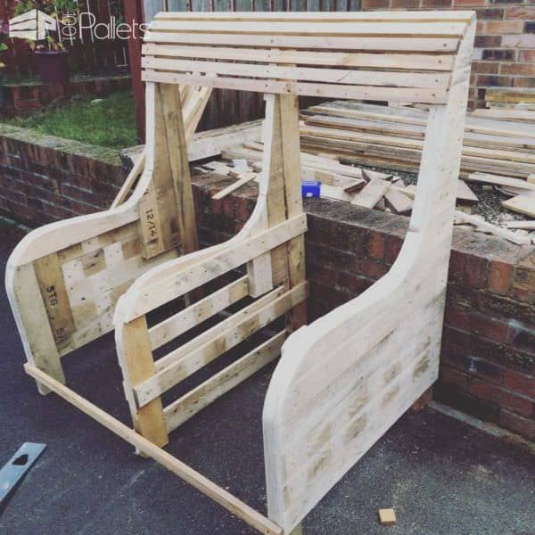 Commissioned Garden Pallet Bench Pallet Benches  Pallet Chairs   Stools. Commissioned Garden Pallet Bench   1001 Pallets