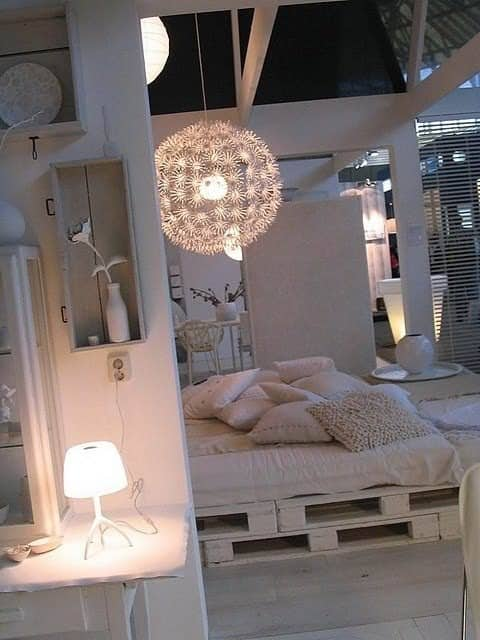Easy DIY Ideas For Pallet Beds DIY Pallet Bedroom - Pallet Bed Frames & Pallet Headboards