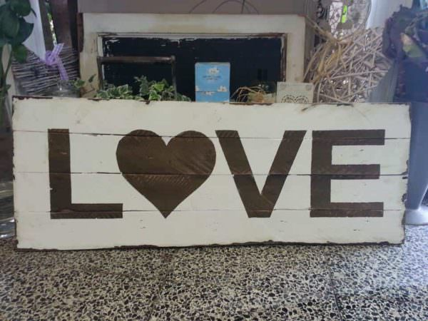 Love Sign From Discarded Pallet Wood Pallet Wall Decor & Pallet Painting