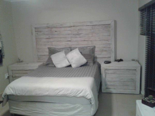 Pallet Bed Headboard & Side Tables Pallet Beds, Pallet Headboards & Frames