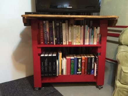 Pallet Bookcase/Table