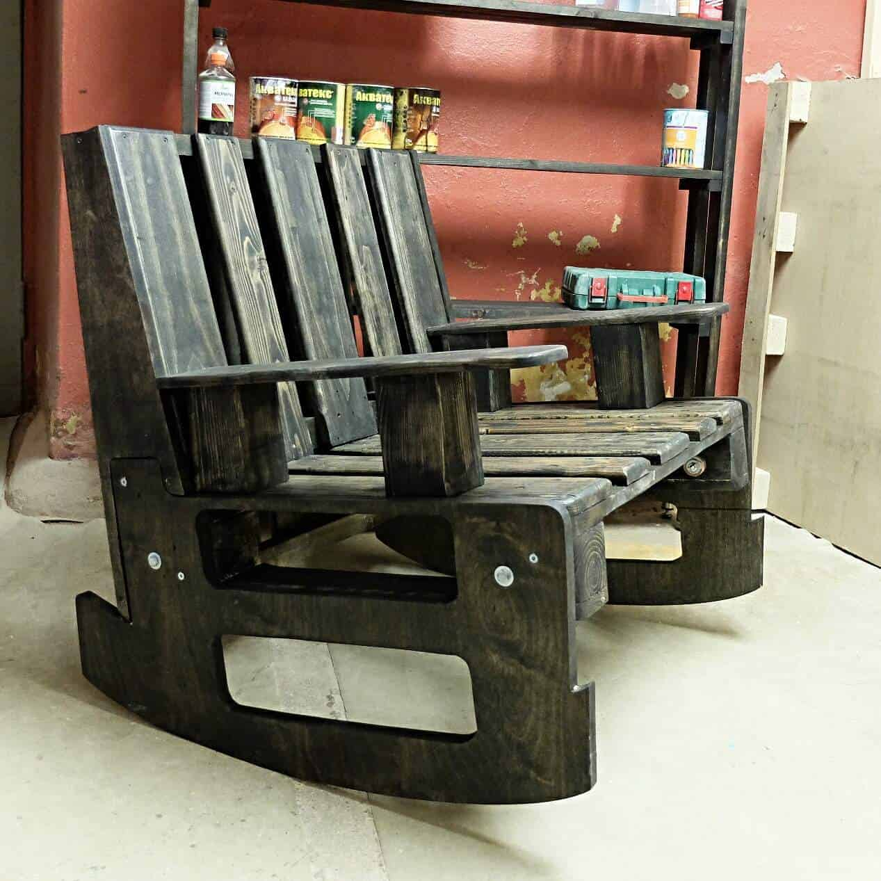 2 Pallets Rocking Chair O 1001
