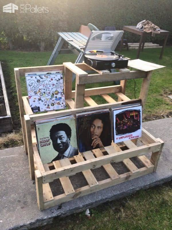 Record Player & Vinyl Storage Unit Pallet Shelves & Pallet Coat Hangers