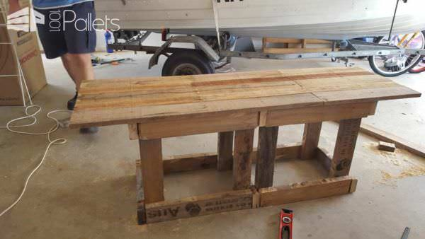 Rustic TV Cabinet/Cupboard Pallet TV Stand & Rack