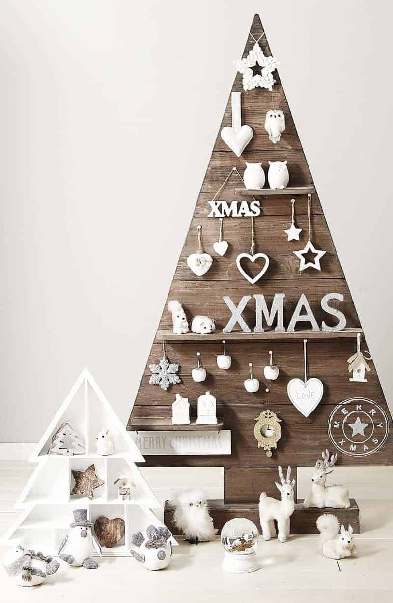 65 pallet christmas trees holiday pallet decorations ideas 1001 pallets - Wooden Christmas Decorations To Make