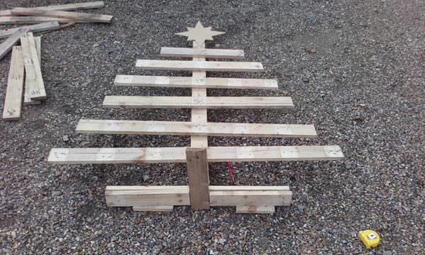 Diy: Green Christmas Tree Pallet Home Accessories