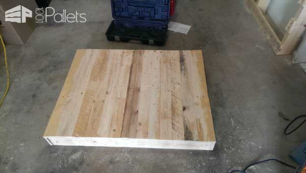 Diy: Two Pallets Upcycled Into a Wall Cabinet Pallet Cabinets & Pallet Wardrobes