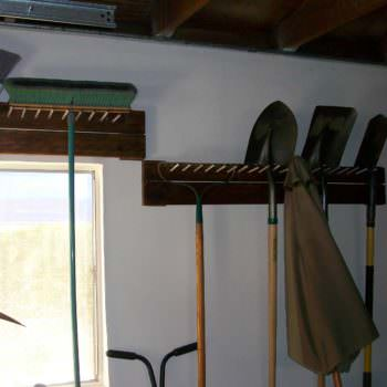 Garage Tool Peg Rack