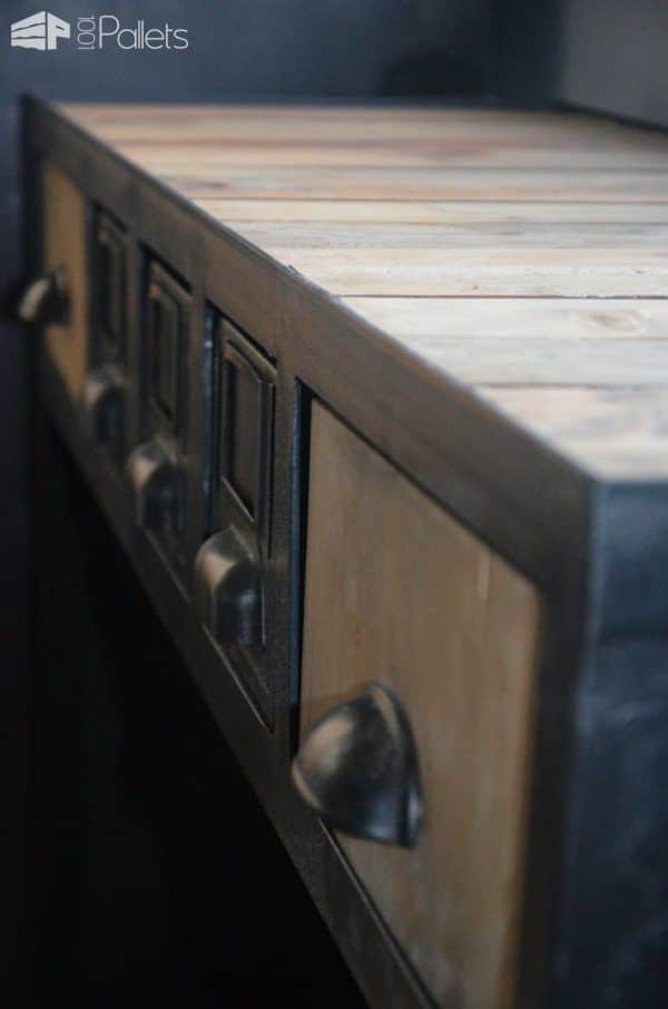 industrial console from pallets metal console. Black Bedroom Furniture Sets. Home Design Ideas