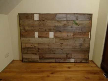 discover thousands bedroom pallet ideas 1001 pallets. Black Bedroom Furniture Sets. Home Design Ideas