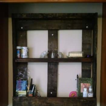 Pallet Spice Rack from One Single Pallet