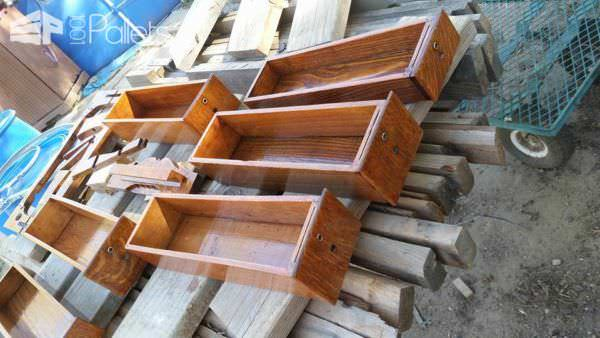 Pallet Wood As An Inlay Pallet Floors & Decks
