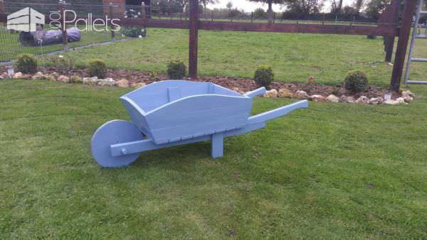 Wheelbarrow From Recycled Pallets Pallet Planters & Compost Bins
