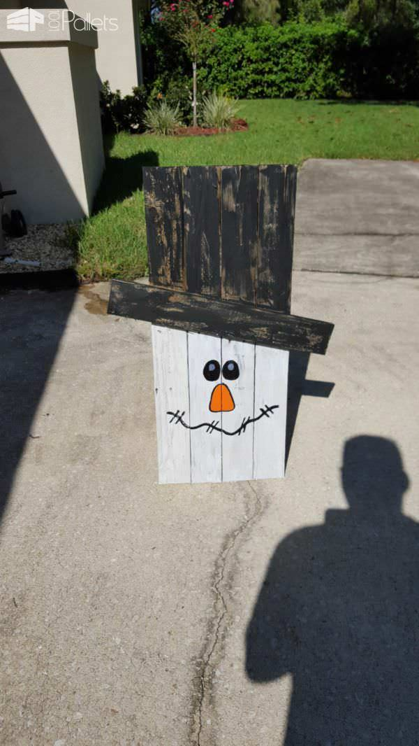 Fall Decor Project: Snowman From Discarded Pallets Pallet Wall Decor & Pallet Painting