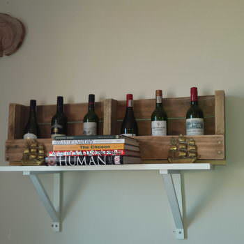 6 Bottles Wine Rack From Wooden Pallets