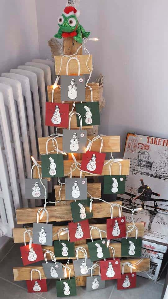 Calendrier De L'avent / Pallet Advent Calendar Fun Pallet Crafts for Kids