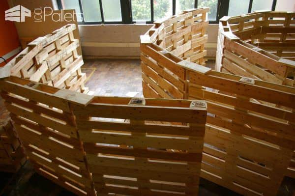 Jaw Architectural Pallet Structure Built For The