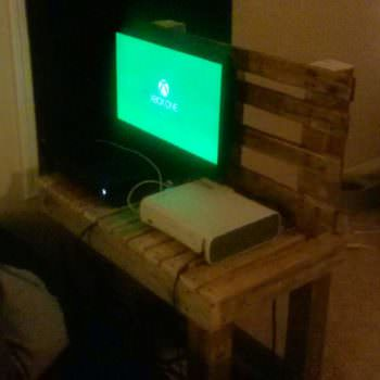 Just Another TV Stand From Pallet Wood