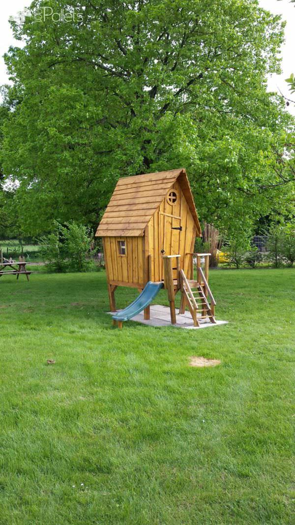 Kids Hut by Nico / Cabane by Nico Pallet Sheds, Cabins, Huts & Playhouses