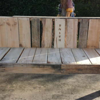 Pallet Faith Bench for Mission