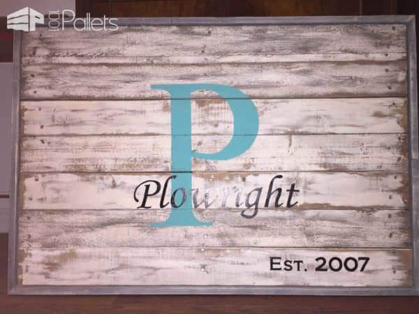1001pallets.com-family-name-sign1