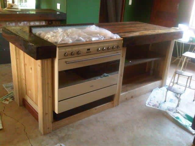 Pallet Kitchen Coubert 1001 Pallets