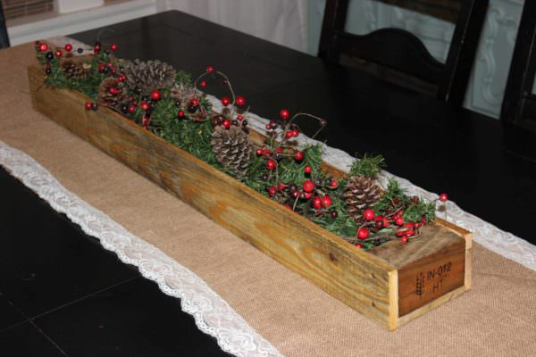 Pallet Table Runner Box for Your New Years Eve Pallet Home AccessoriesPallet Store, Bar & Restaurant Decorations