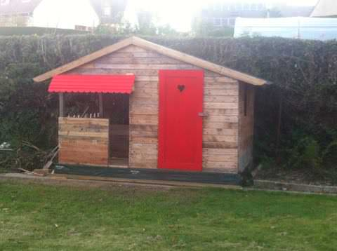Pallet Woodhouse Fun Pallet Crafts for KidsPallet Sheds, Pallet Cabins, Pallet Huts & Pallet Playhouses